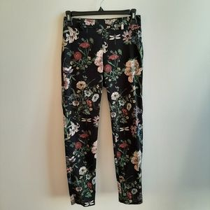 H&M cropped patterned pants